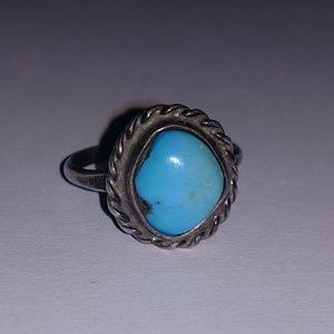 Vintage sterling silver and turquoise ring 8.75